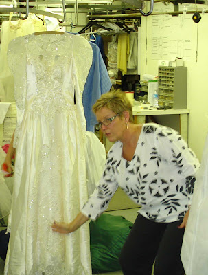 Jane Zellers at Janet Davis Cleaners talking about Wedding Gown Preservation during workshop