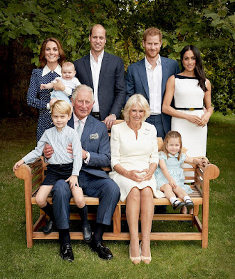 The Royal Family Bench Portraits