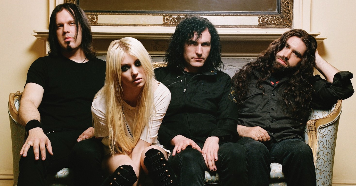"The Pretty Reckless estrenan ""Take Me Down"""