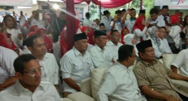 Tiba Di Roemah Djoeang, Prabowo, Anies Dan Sandi Disambut Takbir