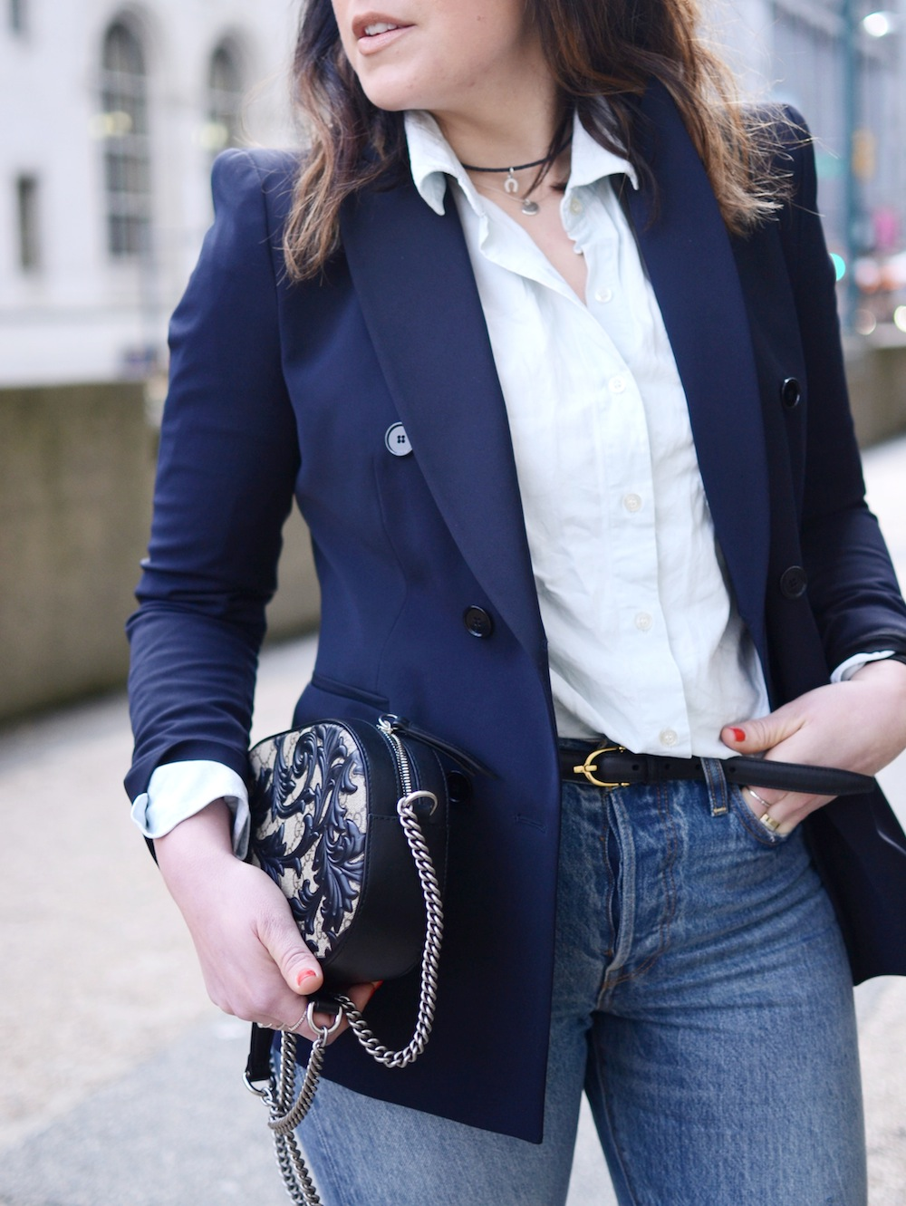 blazer outfit levis wedgie jeans spring outfit idea Vancouver fashion blogger