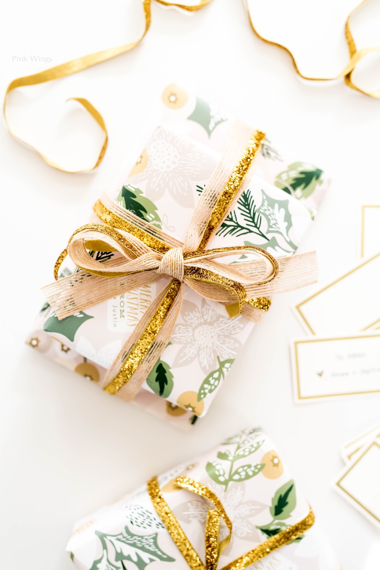 personalized gifts, gifts for people who are hard to shop for, gifts for anyone, custom gifts, personalized stationery, pretty gift wrapping, gold gift wrapping, gold ribbon, jute burlap ribbon, classy holiday wrapping paper, gold gift cards tags, holiday wrapping ideas, christmas, diy blog, craft blog, mormon lds blogger