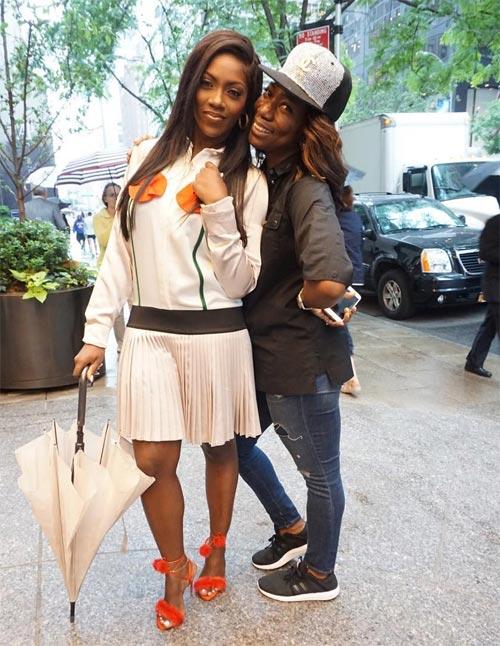 Tiwa Savage takes beautiful pictures in New York rain