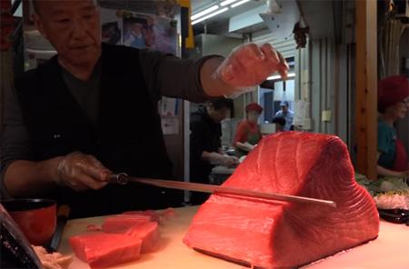 Sashimi – Street Food in Japan