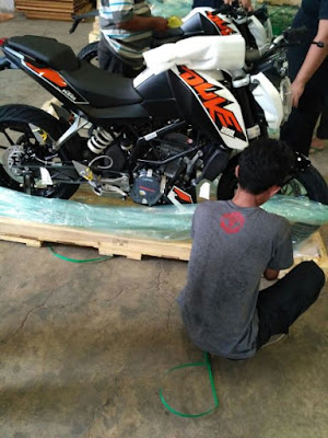 Unit KTM Pesanan Konsumen Sudah Datang Dari India.