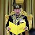 """""""Dengan Ini, Beta Akan Menjalankan Seadil-Adilnya Pemerintahan Bagi Malaysia..."""" - Ikrar Sultan Muhammad V Sebagai Yang Di-Pertuan Agong"""