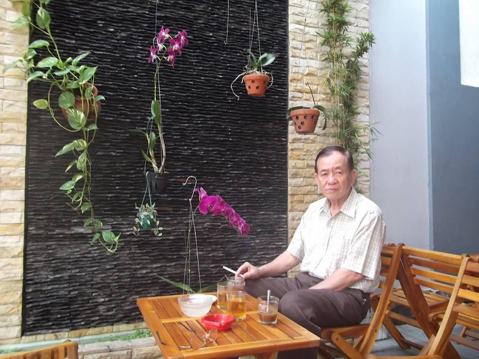 Image result for nhà phê bình Châu Thạch
