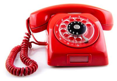 Neden Alo Deriz, Alexander Graham Bell, Allesandra Lolita Oswaldo, Neden Telefonu Alo Diyerek Açarız