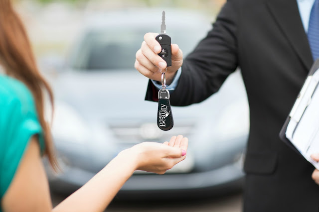 Tips for women to purchase a car by barbies beauty bits and cars.com