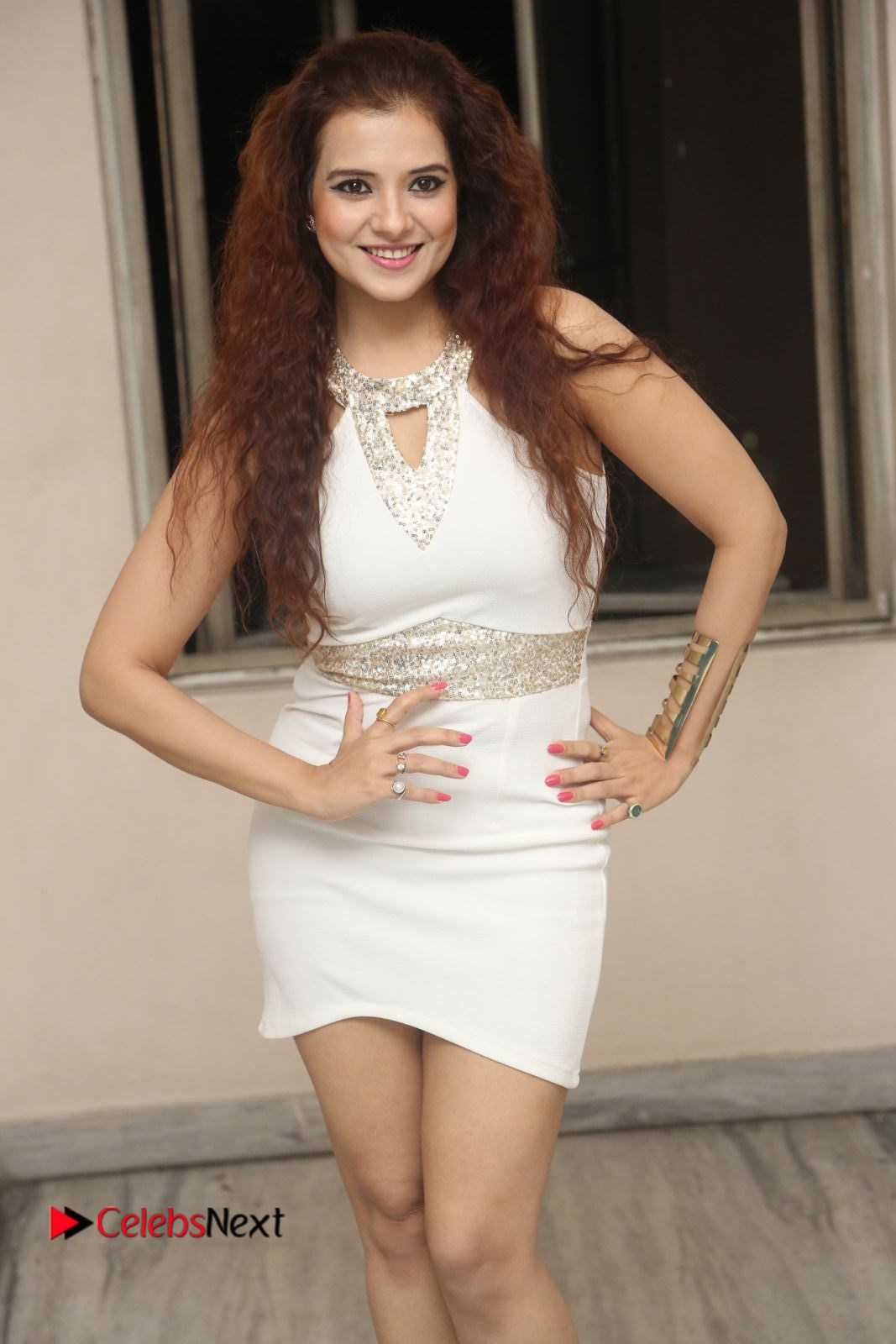 Saloni Stills in White Short Dress at Meelo Evaru Koteeswarudu Movie Audio Launch