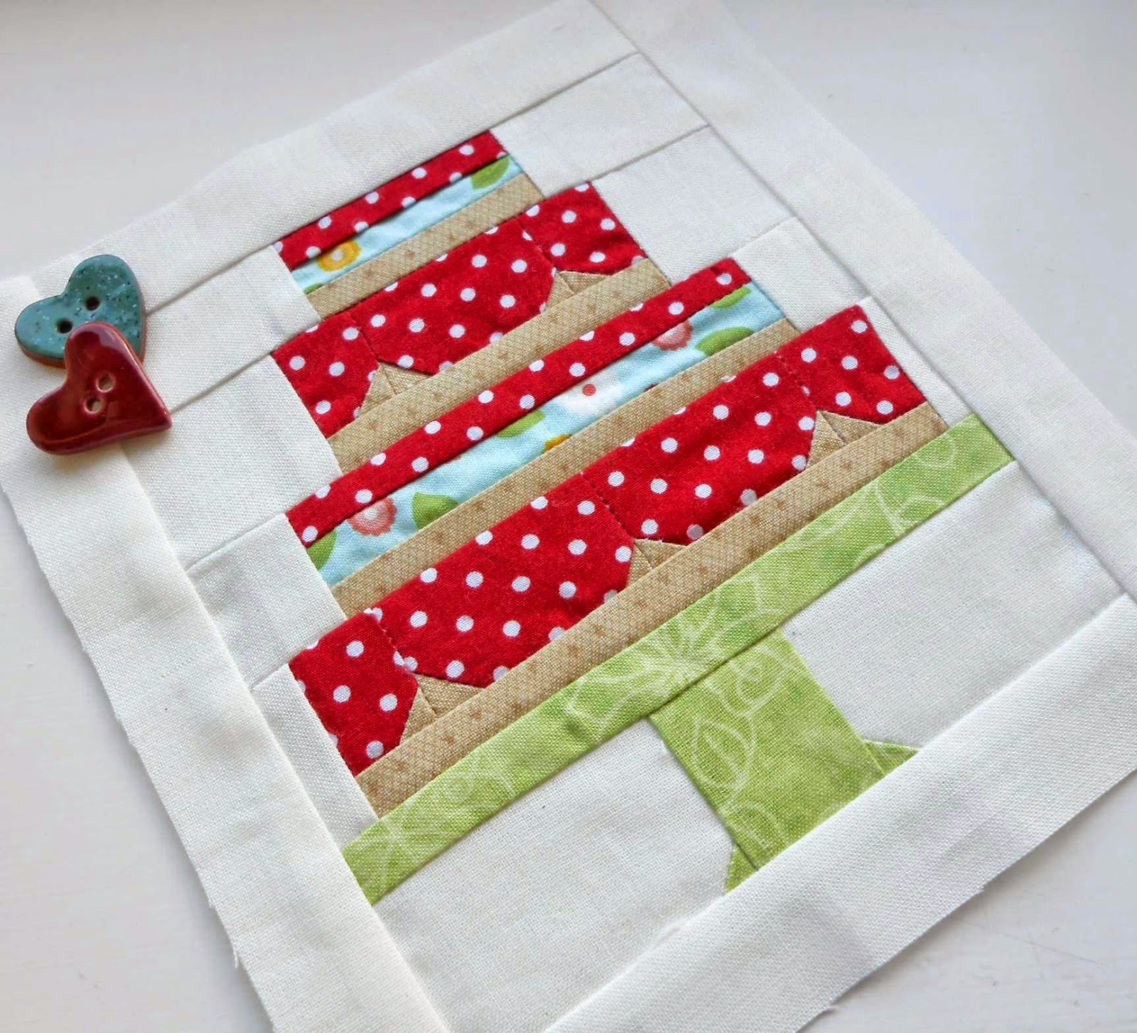 The Patchsmith: Paper-piece And Patchwork Fun