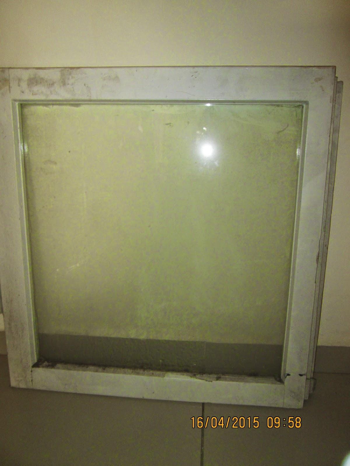 IMG 0011 - מה עושים עם חלון ישן?
