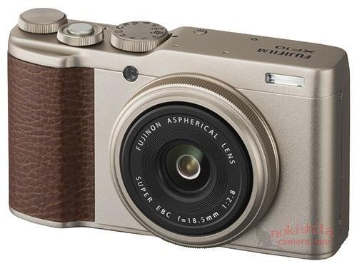 Fujifilm XF10 в золотистом цвете