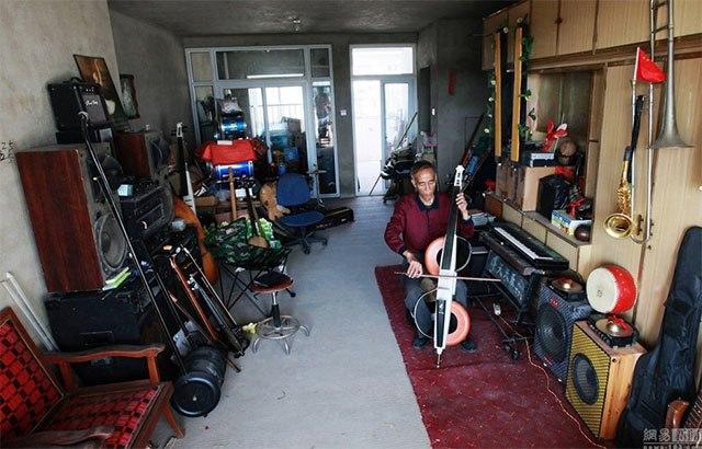 Cụ ông Trung Quốc chế 1.200 nhạc cụ từ rác thải