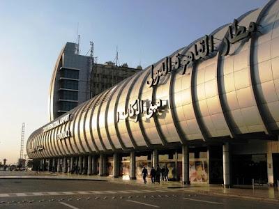 عاجل.. إحالة مسئولين بمطار القاهرة متهمين بتهريب بضائع للمحاكمة