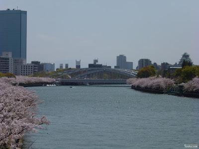 大阪城と旧淀川