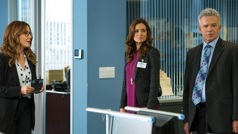 Major Crimes - Season 3 Episode 13: Acting Out