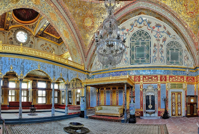 Interior do Palácio Topkapi em Istambul