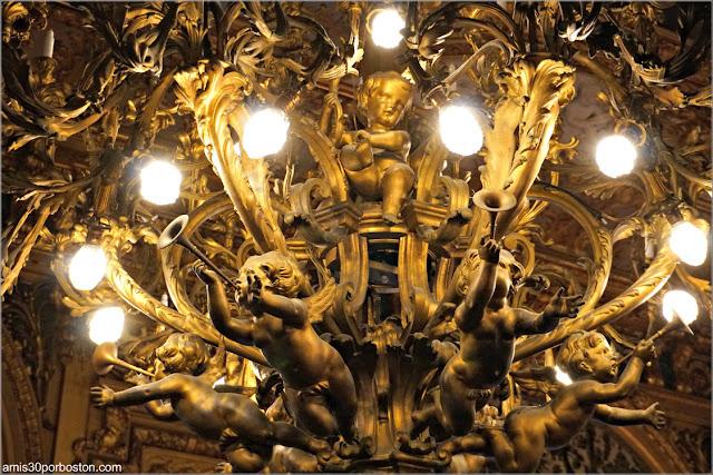 Lámpara del Gran Salón de Marble House, Newport