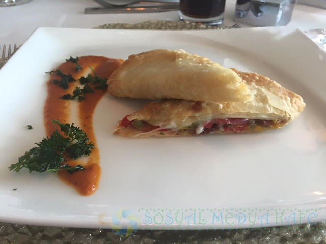 Hilton Bursa Ramazan İftar Lezzetleri Paçanga Böreği