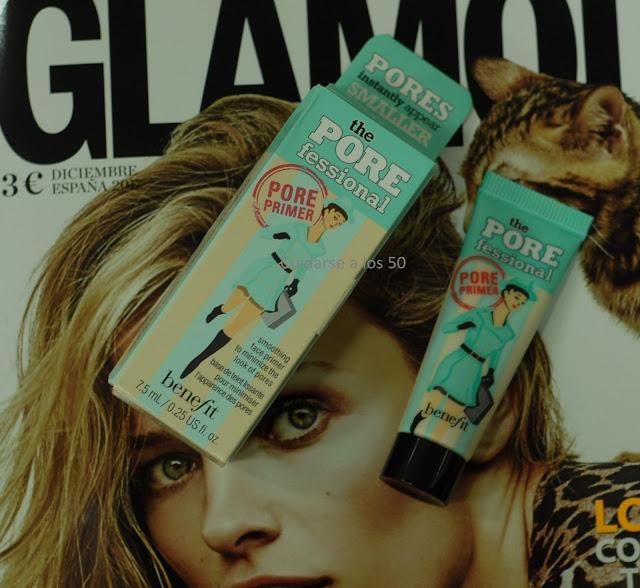 Revista Glamour con regalo pore fessional