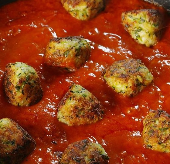 "Zucchini ""Meatballs"" #vegetarian #healthydinner"