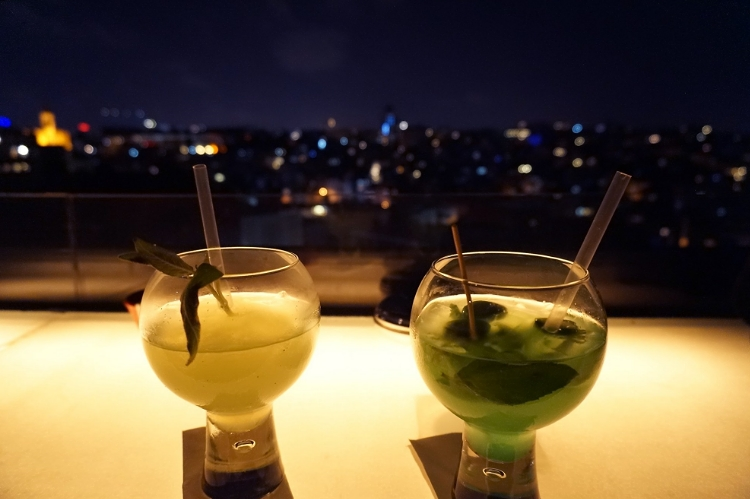 Euriental | drinks at Leb-i Derya in Istanbul, Turkey