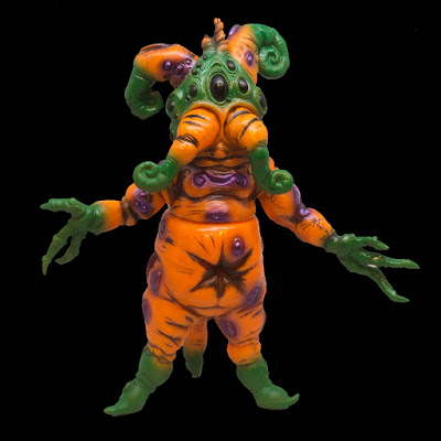Mandrake Root Hallowroot Edition Vinyl Figure by Doktor A x Toy Art Gallery