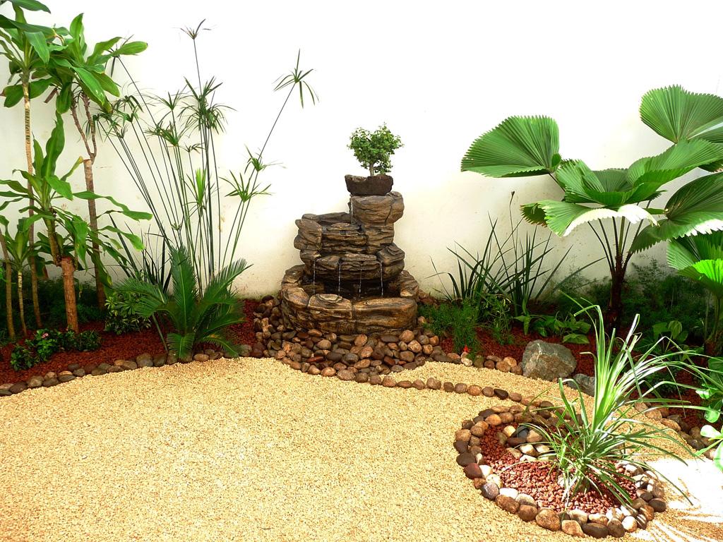 Galer a antes y despues fotos de jardines reales for Fuentes para jardin pequeno