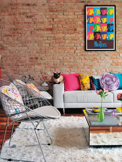 Living rooms with exposed brick 7