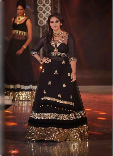 Huma Qureshi In Black Anarkali Suits At IIBS Fashion Show