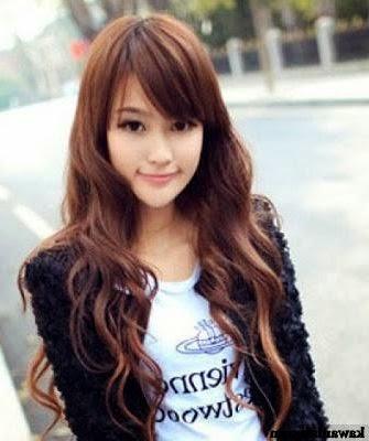Cheveux Mi Long Avec Frange De Cote Ivory Hairstyle