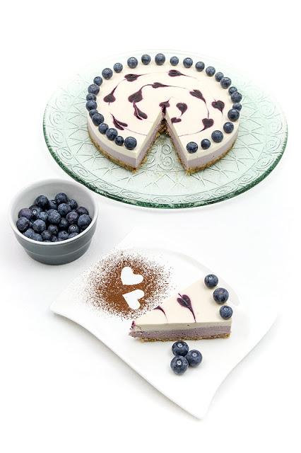 Presna limetino borovničeva tortica