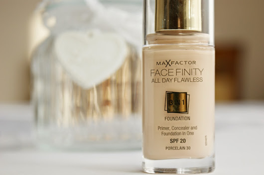 Max Factor, Face Finity 3in1 Foundation - 'Porcelain 30'