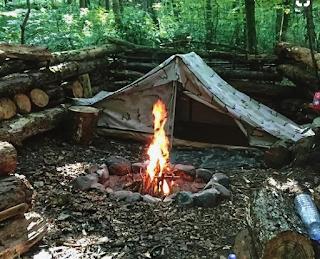 kamp çadırının nasıl olması gerektiğini belirtir.