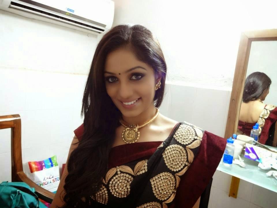 Malayalam Actress Arya Image: Mallu Anchor Arya Hot Photos Anchor Of Badai Bungalow Fame