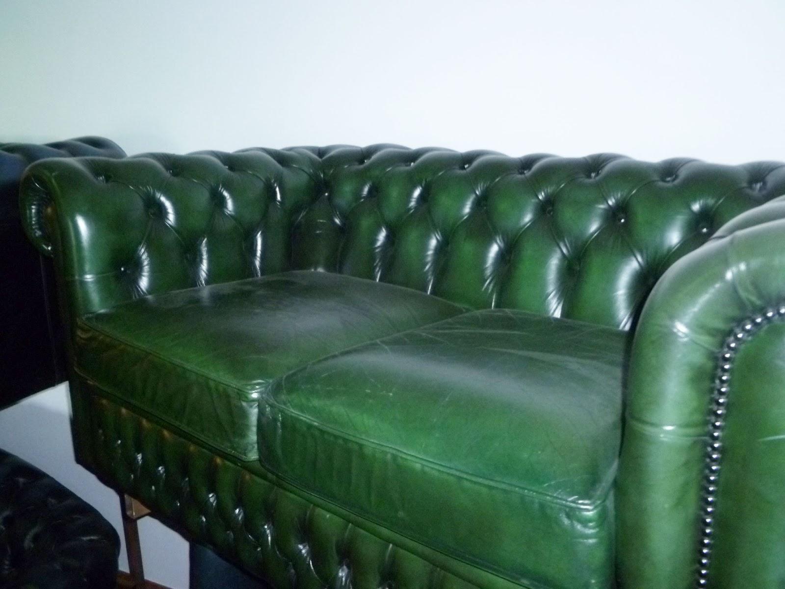 Antique shop by catia divano in pelle verde a due posti for Divano in inglese