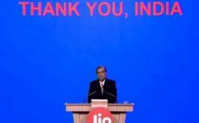 JIO's new 19-auction plan will get everything free