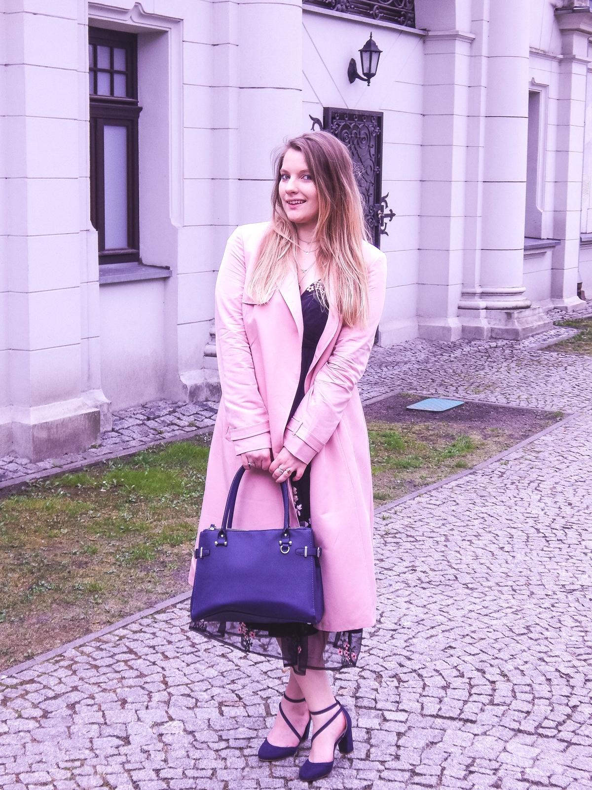 2 orsay trendy wiosna 2018 nowa kolekcja moda fashion blog blogerki modowe łódź z łodzi łódzkie melodylaniella fashion instagram sukienka na wesele różowy płaszcz granatowe pantofle total look