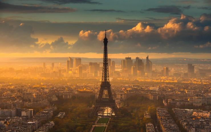 20 Spots In Europe You Must See Before You Die - Eiffel Tower, Paris, France