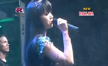 DOWNLOAD 4.75 MB : Nagih Janji - Dwi Ratna New Palapa