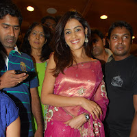 sweet Genelia hot in pink saree