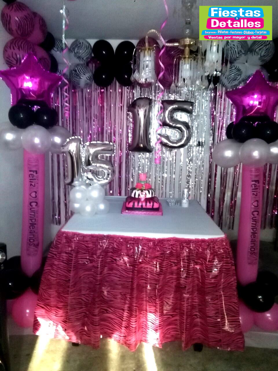 Fiestas y detalles for Decoraciones de sillas para 15 anos