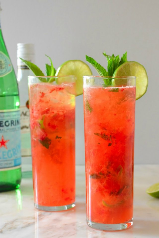 Strawberry Mojitos are a perfect cocktail for Easter, Barbecues, 4th of July, or just a hot summer day! Grab the recipe on Serena Bakes Simply From Scratch.