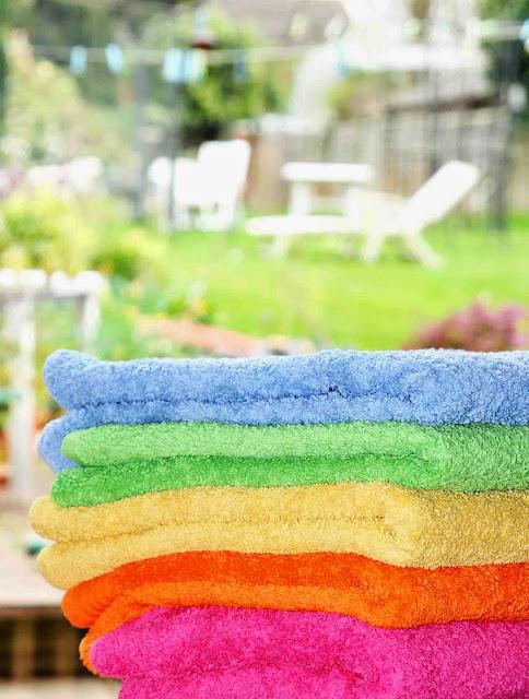 laundry-bersih-handuk-dan-towel-baju-putih