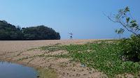 Pantai Mbantol Malang