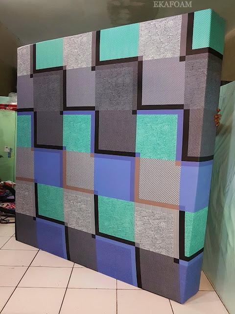 Kasur inoac motif minimalis cavali ungu