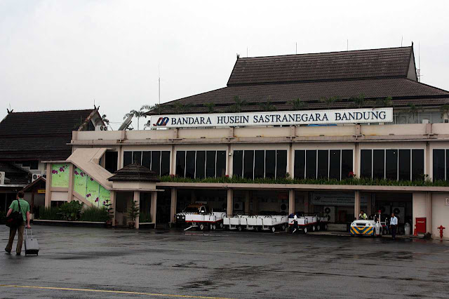 مطار حسين ساسترانيغارا الدولي