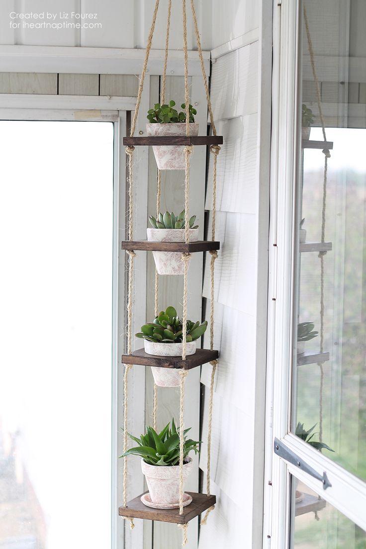 Rope hanging planter