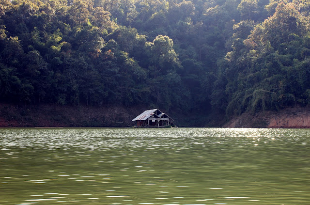 houseboat, Mae Ngat dam, swimming